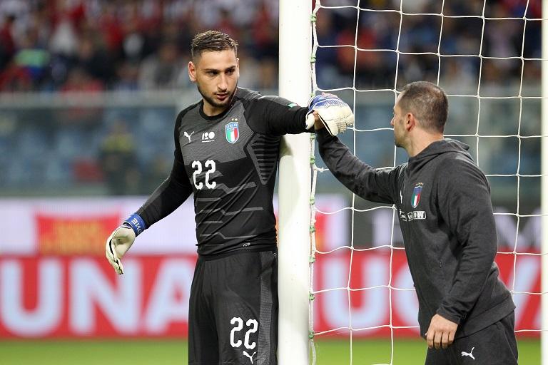 Walter Martinelli con il portiere della Nazionale Gianluigi Donnarumma (FOTO Claudio Villa)