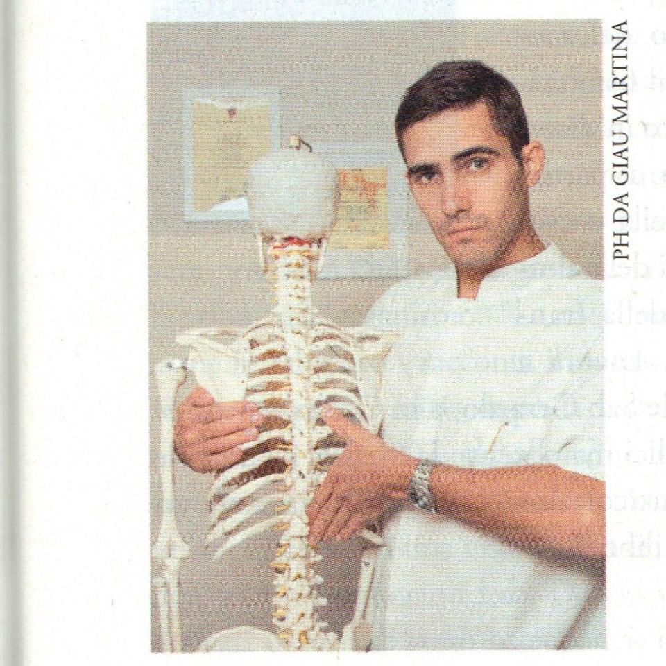 Osteopata Edoardo Deberti