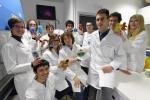 foto di Nicola Segata e Pamela Ferretti con GIANTMicrobes (foto ©Alessio Coser per l'Università di Trento)